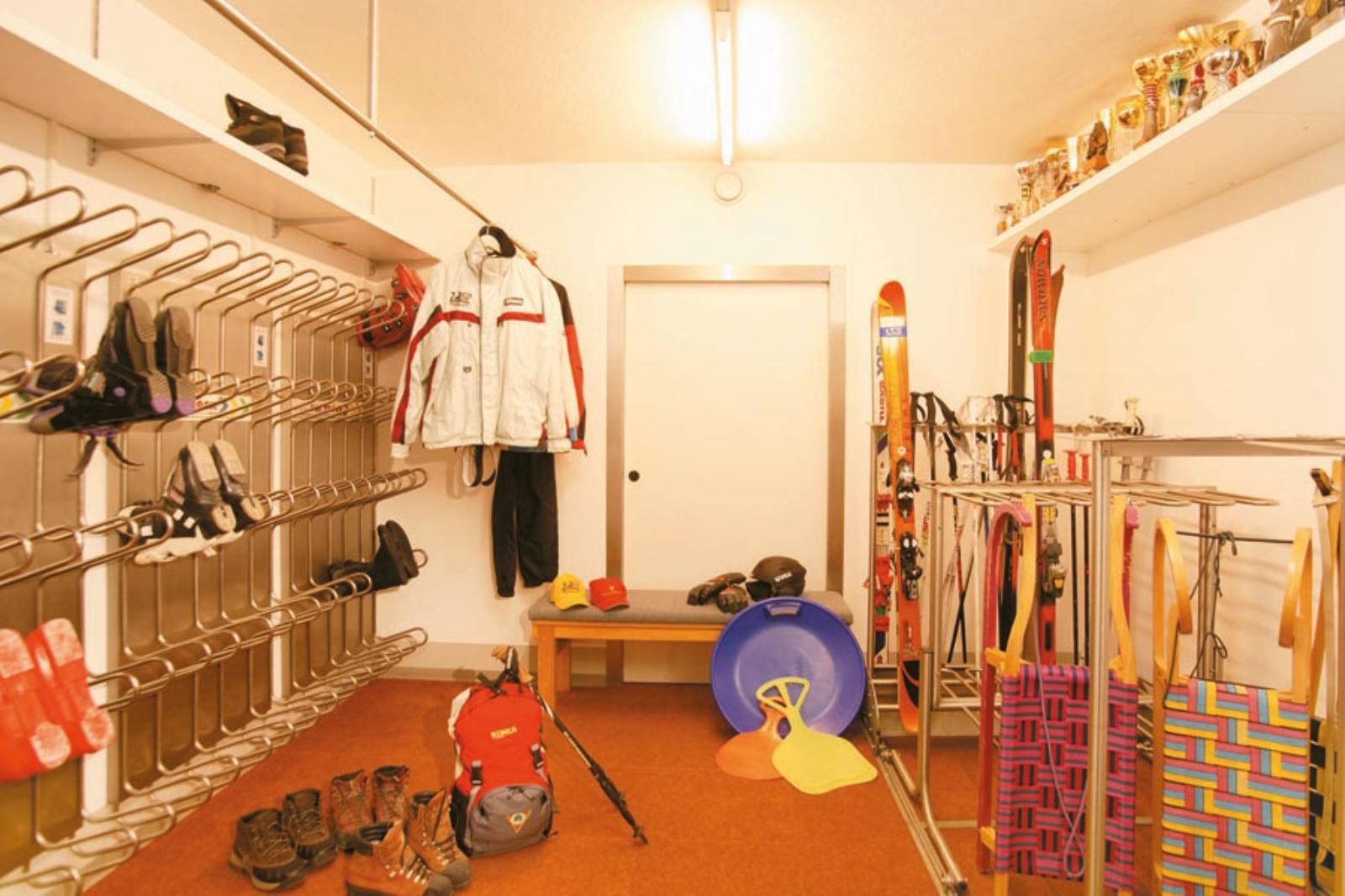 ski cellar