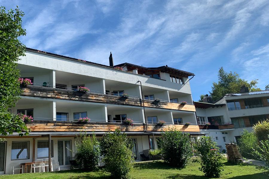 Hotel Haus am Waldrand - Gartensicht